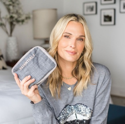Molly Sims' On The Go Collection